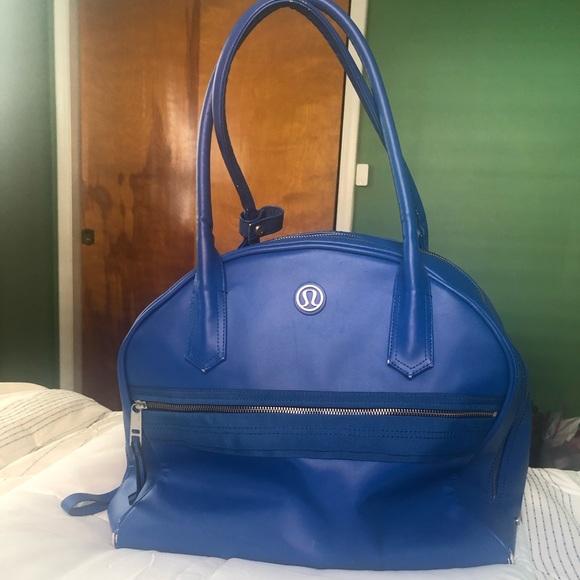 lululemon athletica Handbags - Lululemon Overnight Yoga Bag